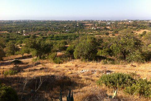 Terreno urbano com vista mar em Boliqueime JG059