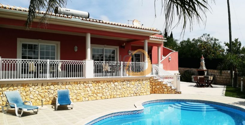 Villa with 4 bedrooms and sea view in Boliqueime
