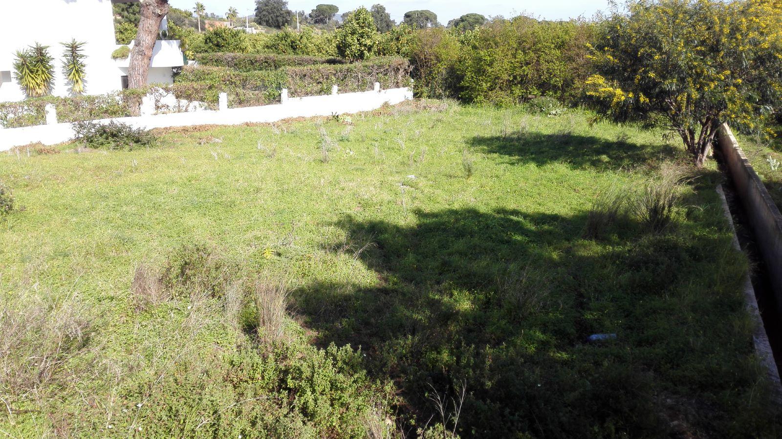 Terreno para construção de Moradia próximo de Quarteira para venda AA066