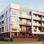 Lote para prédio com 17 apartamentos e 2 lojas em Almancil