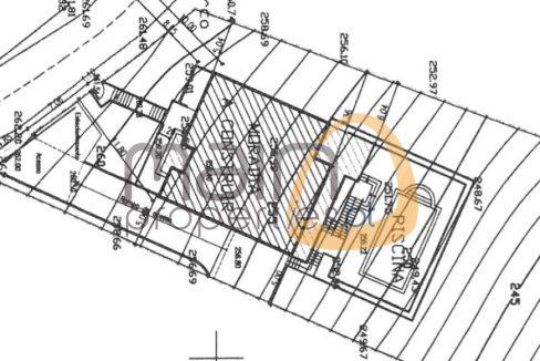 Terreno urbano para construção de moradia próximo de Alte PC190