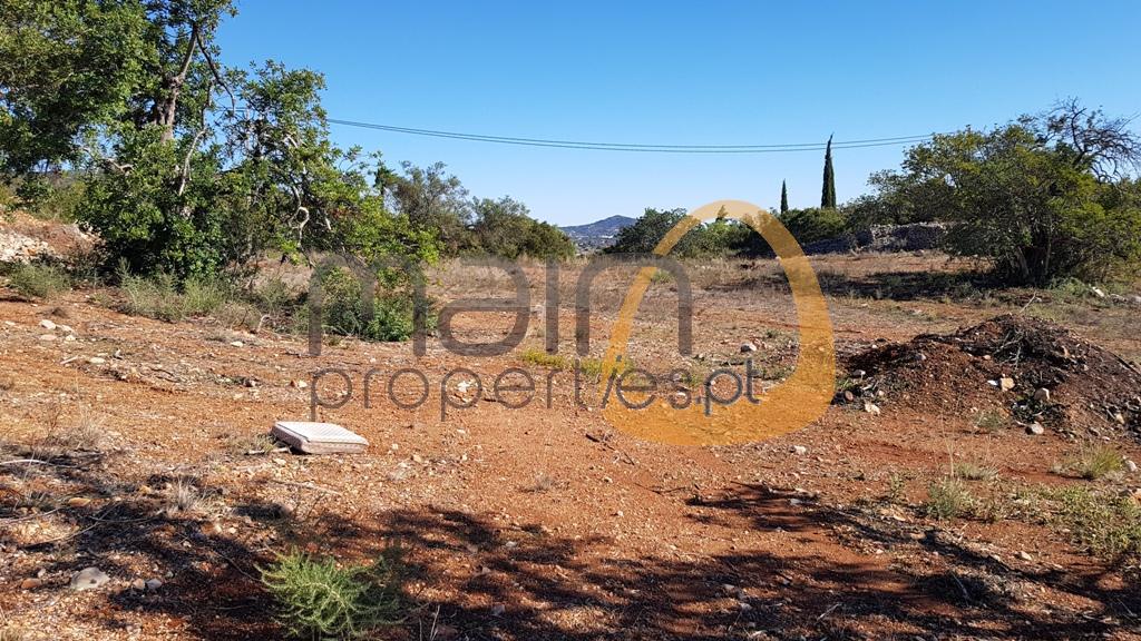 Terreno com vista mar para construção moradia próximo de Loulé PC344
