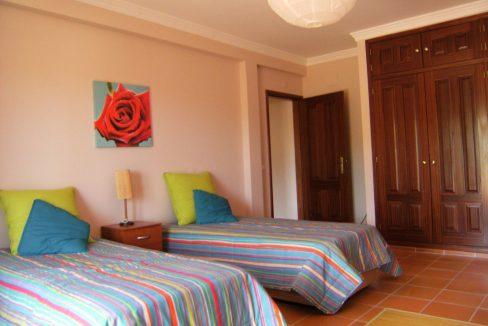 Moradia com 5 quartos para venda em São Brás de Alportel JG004