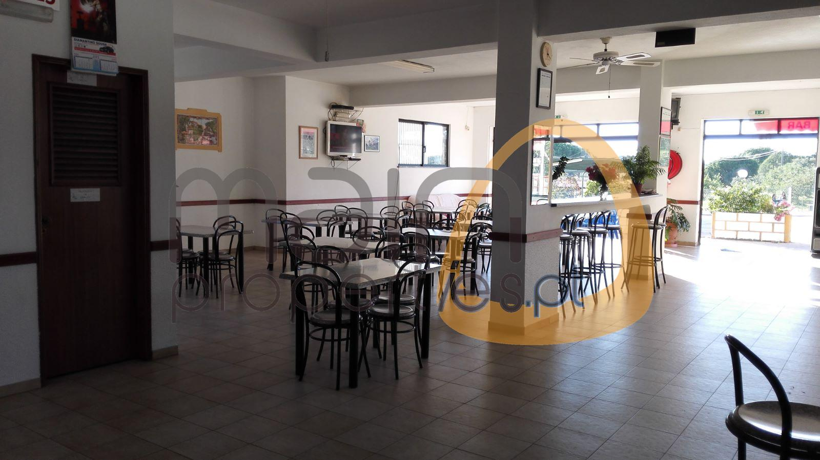 Investment – Restaurant and Apartments with 1000 sqm near Almancil
