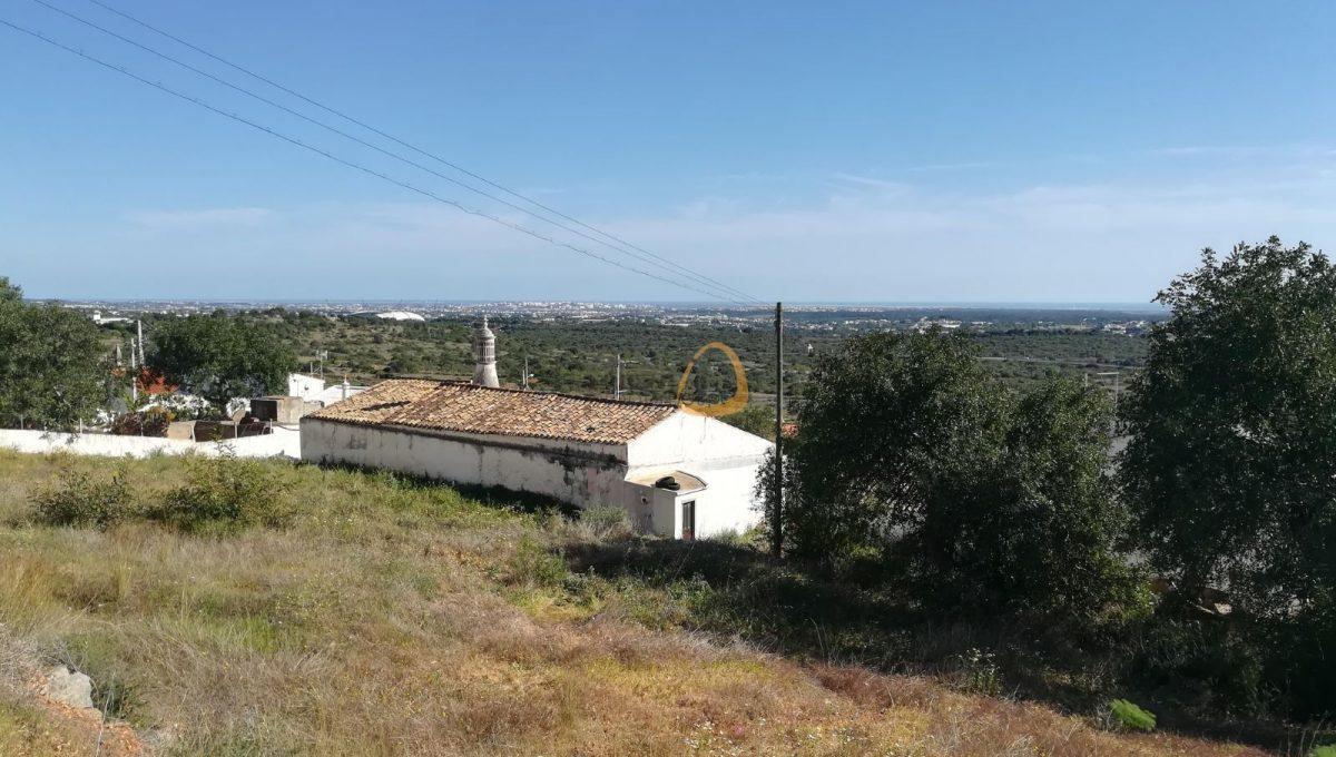 Terreno para construção de 2 moradias com vista mar próximo de Santa Bárbara de Nexe PC346