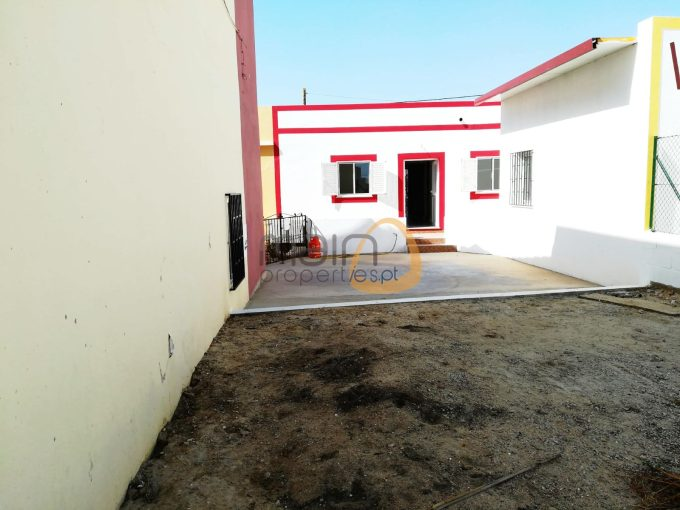 Renovated 2 bedroom townhouse in the center of Almancil_land_rf164