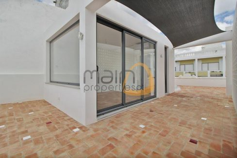 Moradia com 4 quartos renovada no centro de São Brás de Alportel PC348