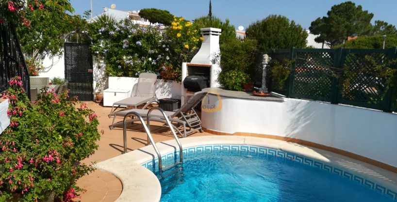 Apartment with 2 bedrooms and private pool in Vale do Lobo