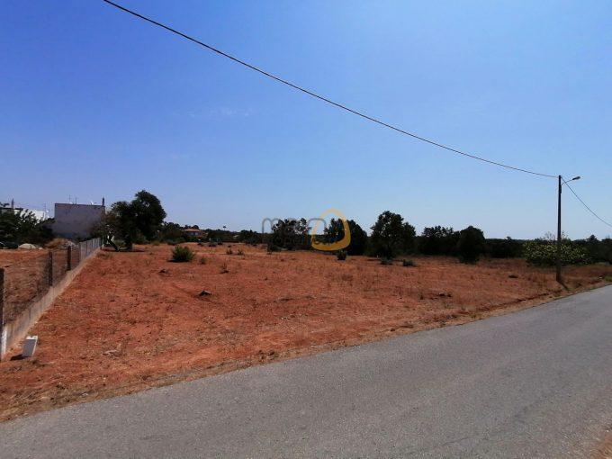 Terreno para construção de Condomínio a sul de Almancil :: MP122_123FT