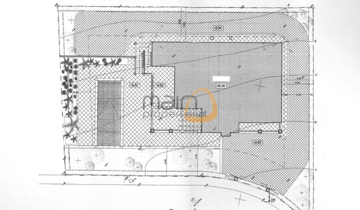 Lote de terreno para construção de moradia perto do lago da Quinta do Lago PC355