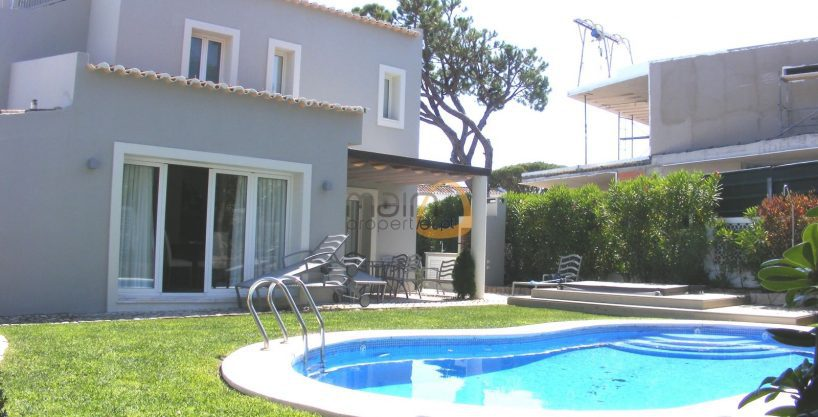4 bedroom villa near the beach in Vale do Lobo
