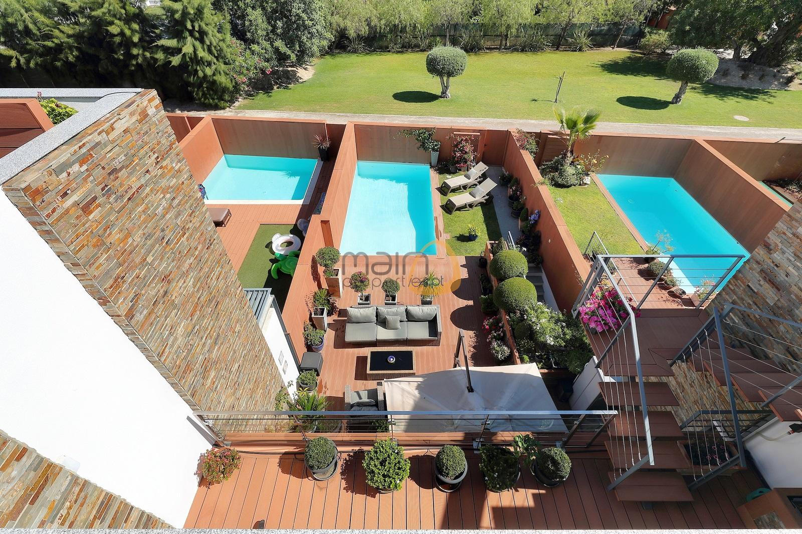 Moradia de 3 quartos em condomínio de luxo com piscina privada em Almancil