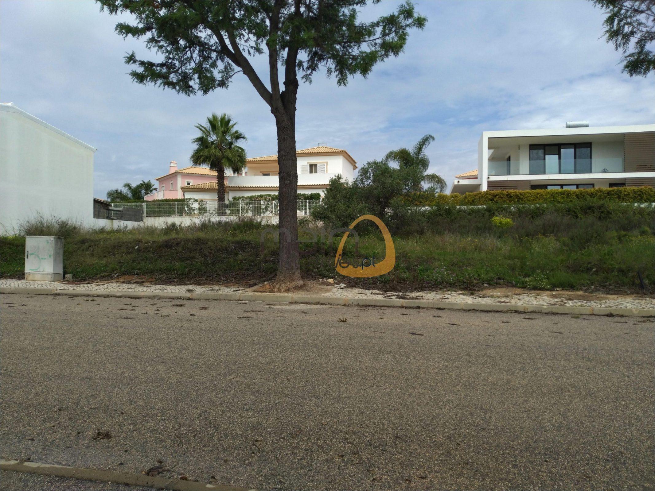 [:pt]Terreno para construção de moradia em Montenegro - Faro : Algarve : Portugal : Terreno 10 :: MR039[:en]Land for Villa construction in Montenegro -  Faro : Algarve : Portugal :: Land 10 :: MainProperties :: MR039[:]