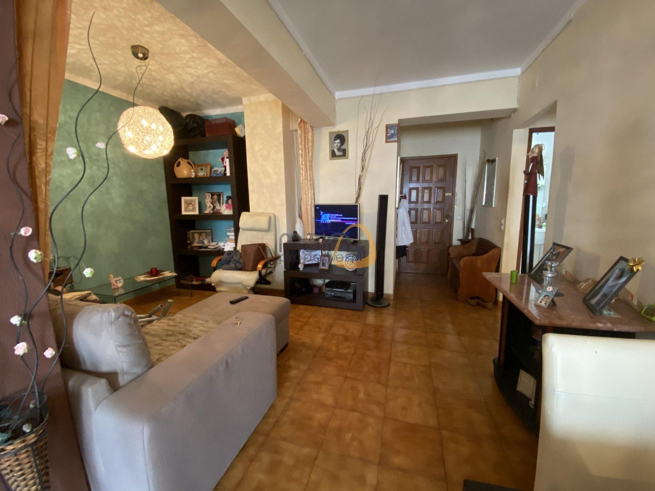 Apartamento com 1 quarto e garagem Quarteira