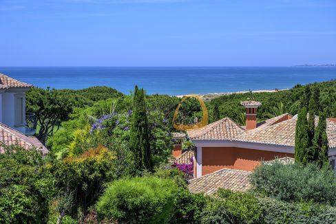luxury-villa-in-vale-do-lobo-golden-triangle-algarve-portugal-with-sea-view-01