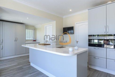 luxury-villa-in-vale-do-lobo-golden-triangle-algarve-portugal-with-sea-view-010
