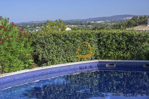 luxury-villa-in-vale-do-lobo-golden-triangle-algarve-portugal-with-sea-view-04