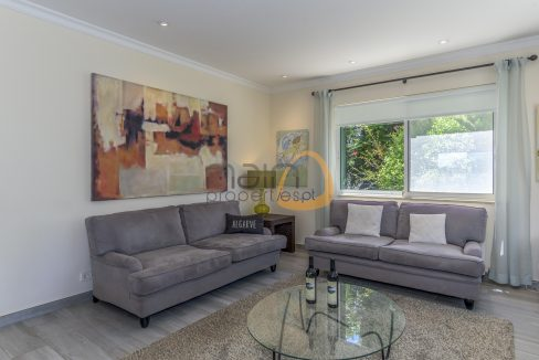 luxury-villa-in-vale-do-lobo-golden-triangle-algarve-portugal-with-sea-view-08