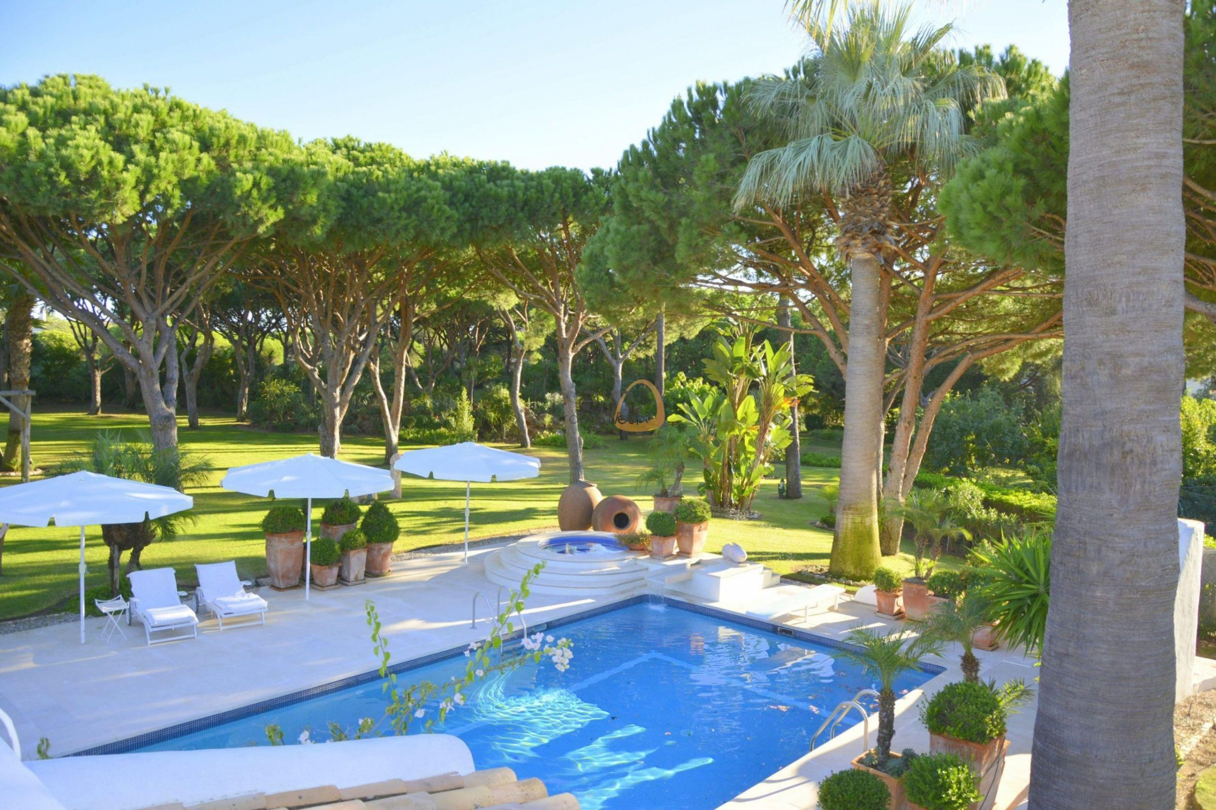[:pt]Moradia com 5 quartos na Quinta do Lago :: Piscina 2 :: MainProperties :: 020061[:en]5 bedroom villa  in Quinta do Lago :: Pool 1 :: MainProperties :: 020061[:]