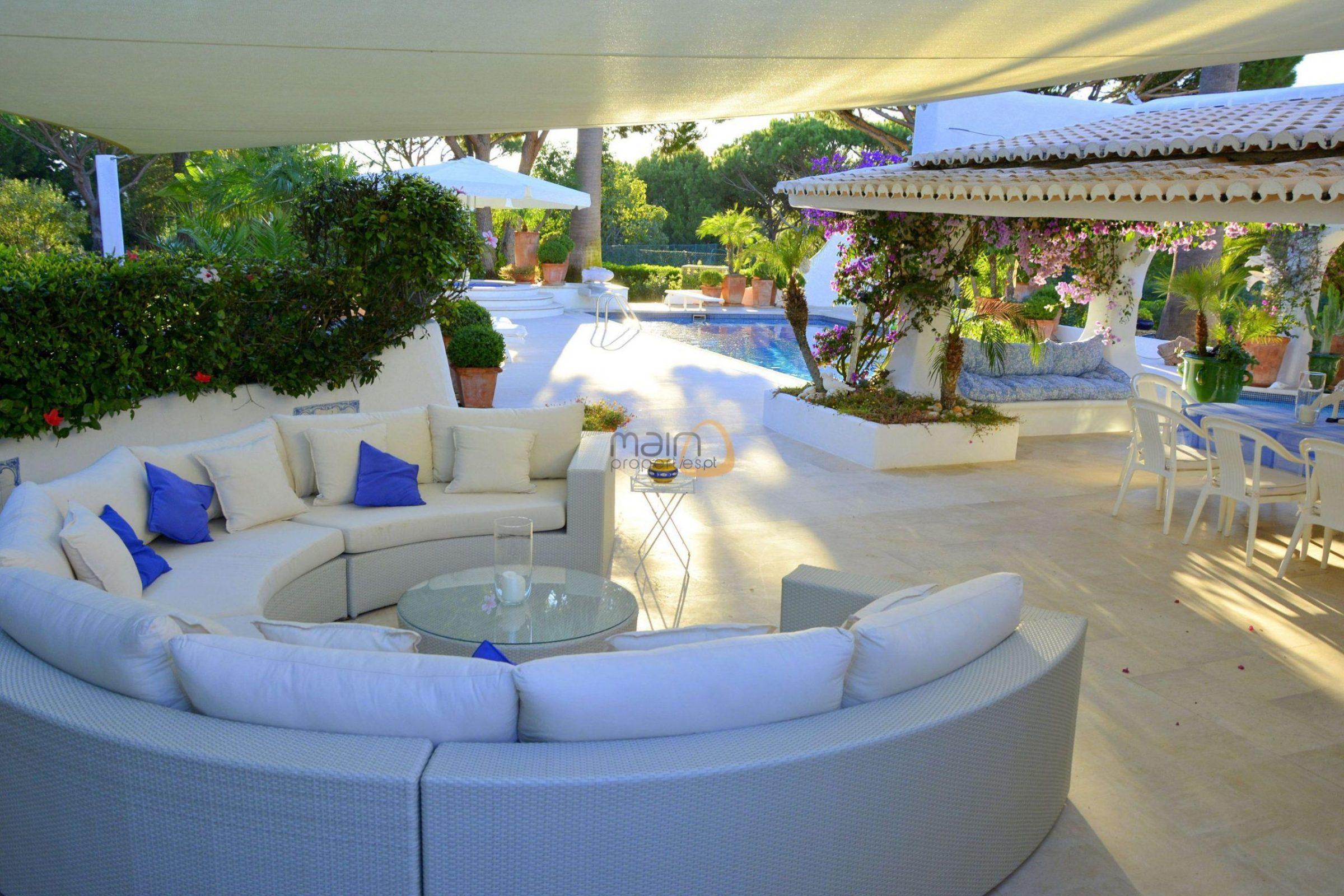 [:pt]Moradia com 5 quartos na Quinta do Lago :: Piscina 3 :: MainProperties :: 020061[:en]5 bedroom villa  in Quinta do Lago :: Pool 2 :: MainProperties :: 020061[:]