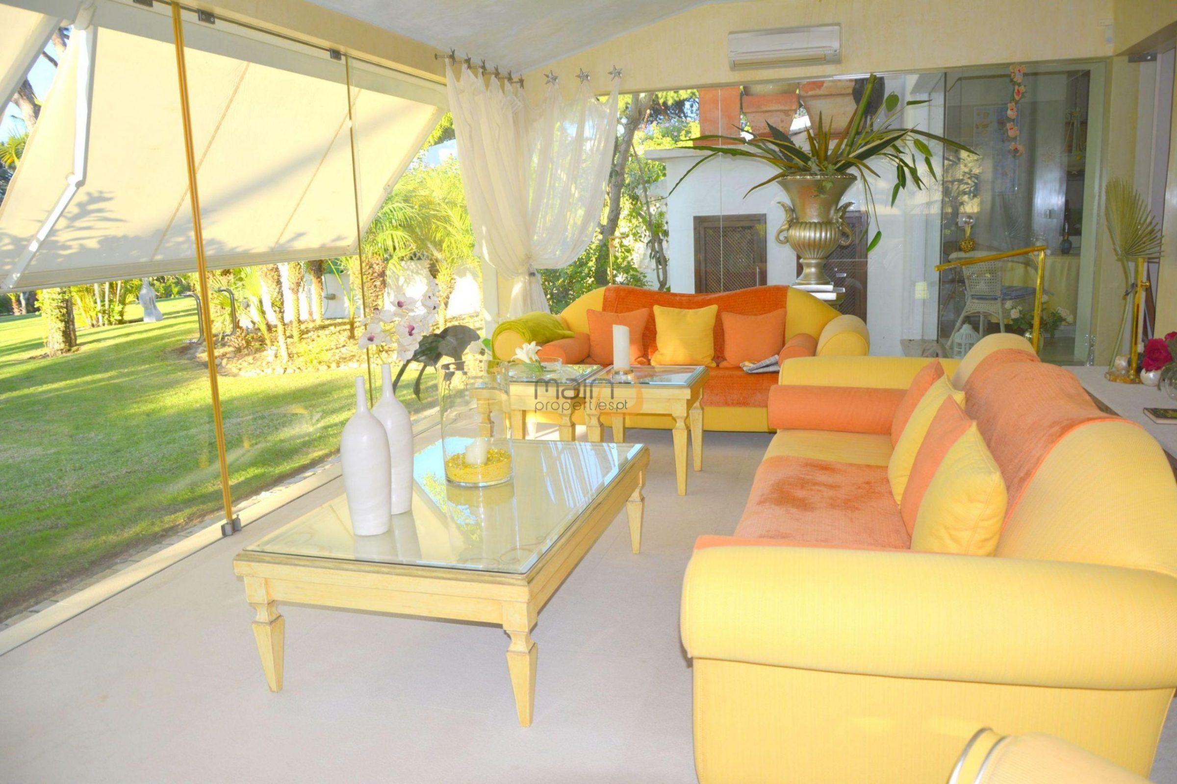 [:pt]Moradia com 5 quartos na Quinta do Lago :: Sala 3 :: MainProperties :: 020061[:en]5 bedroom villa in Quinta do Lago :: Living Room 2 :: MainProperties :: 020061[:]