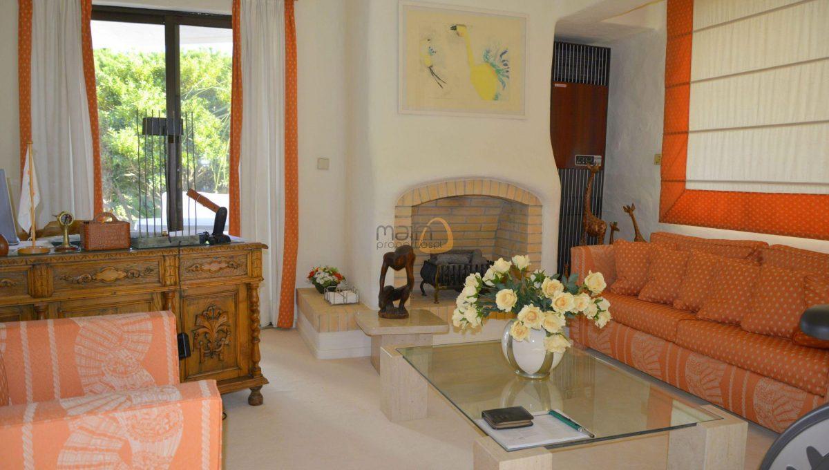 [:pt]Moradia com 5 quartos na Quinta do Lago :: Sala 4 :: MainProperties :: 020061[:en]5 bedroom villa in Quinta do Lago :: Living Room 3 :: MainProperties :: 020061[:]