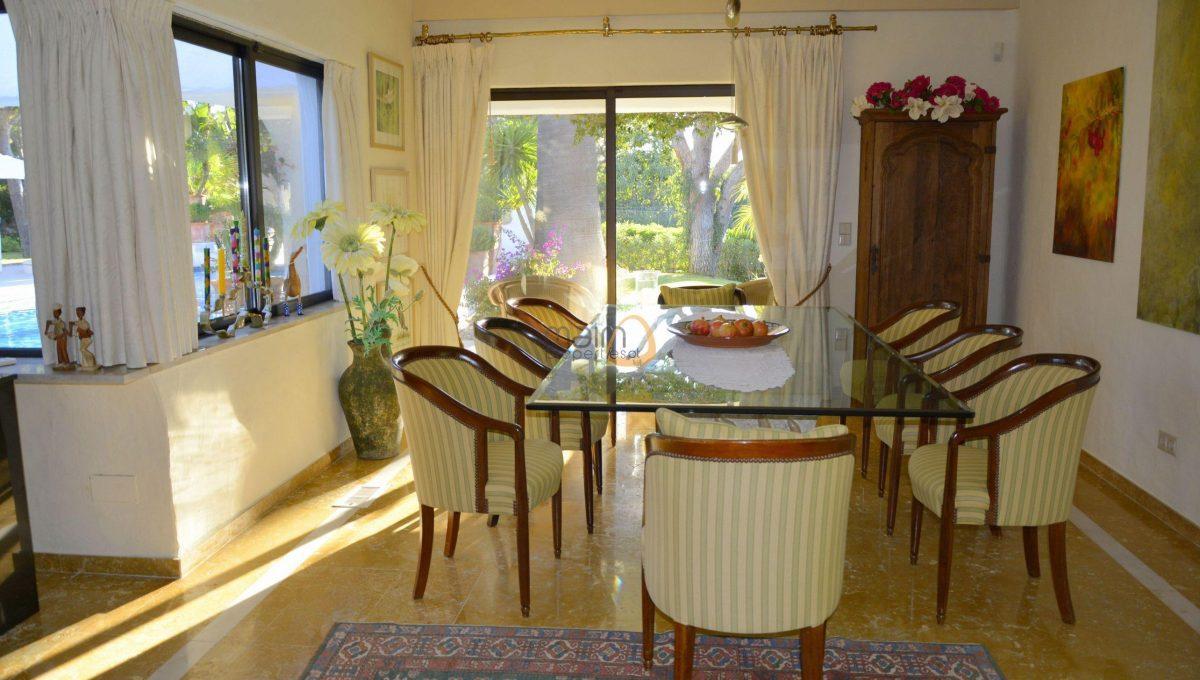 [:pt]Moradia com 5 quartos na Quinta do Lago :: Sala 5 :: MainProperties :: 020061[:en]5 bedroom villa in Quinta do Lago :: Dinning Room 3 :: MainProperties :: 020061[:]