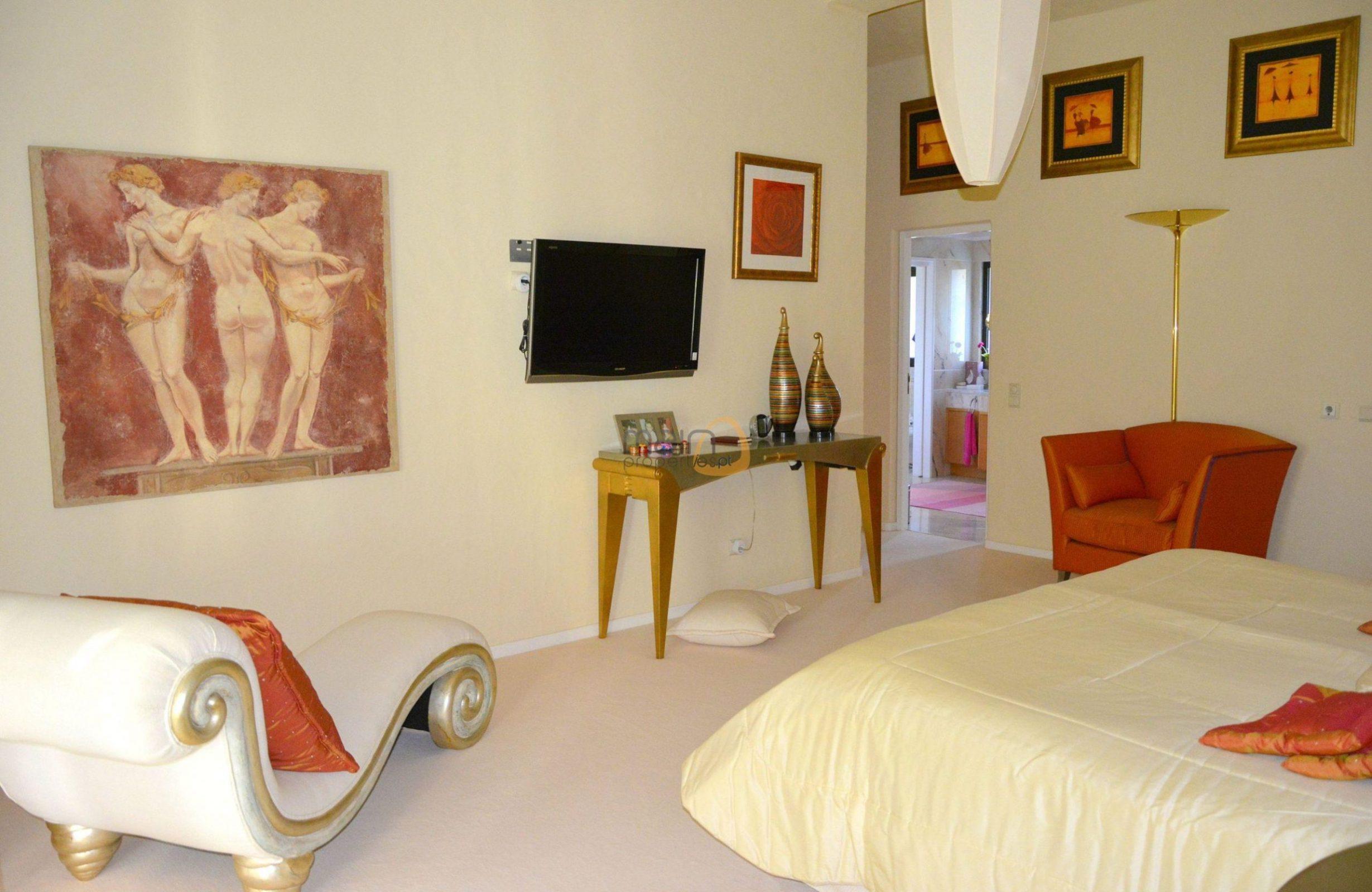 [:pt]Moradia com 5 quartos na Quinta do Lago :: Quarto 1 :: MainProperties :: 020061[:en]5 bedroom villa in Quinta do Lago :: Bedroom 1 :: MainProperties :: 020061[:]