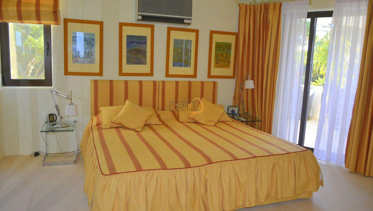 [:pt]Moradia com 5 quartos na Quinta do Lago :: Quarto 4 :: MainProperties :: 020061[:en]5 bedroom villa in Quinta do Lago :: Bedroom 4 :: MainProperties :: 020061[:]
