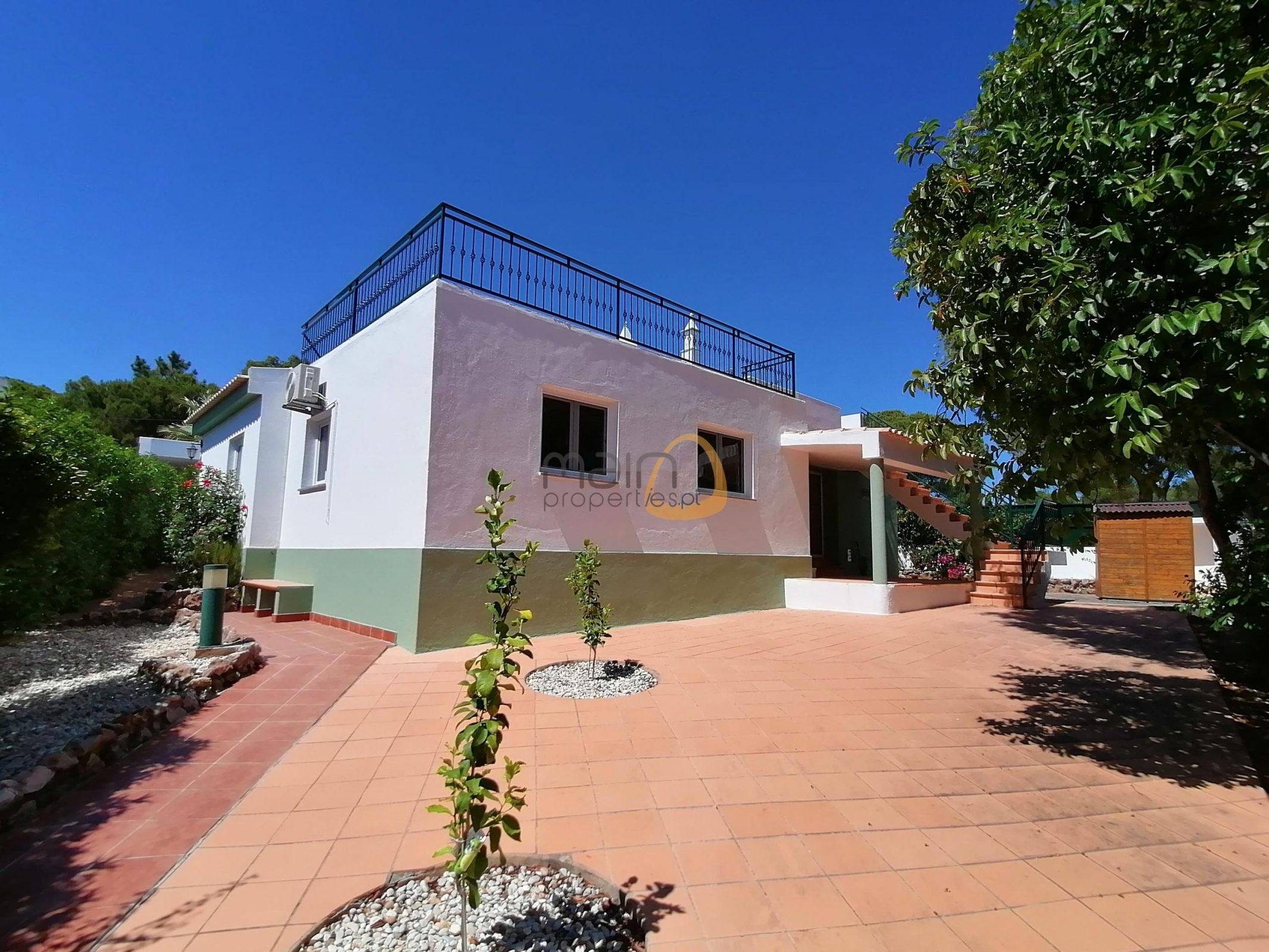 4 bedroom villa near Vale do Lobo