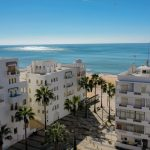 New 1 bedroom apartment with pool and sea view in Quarteira