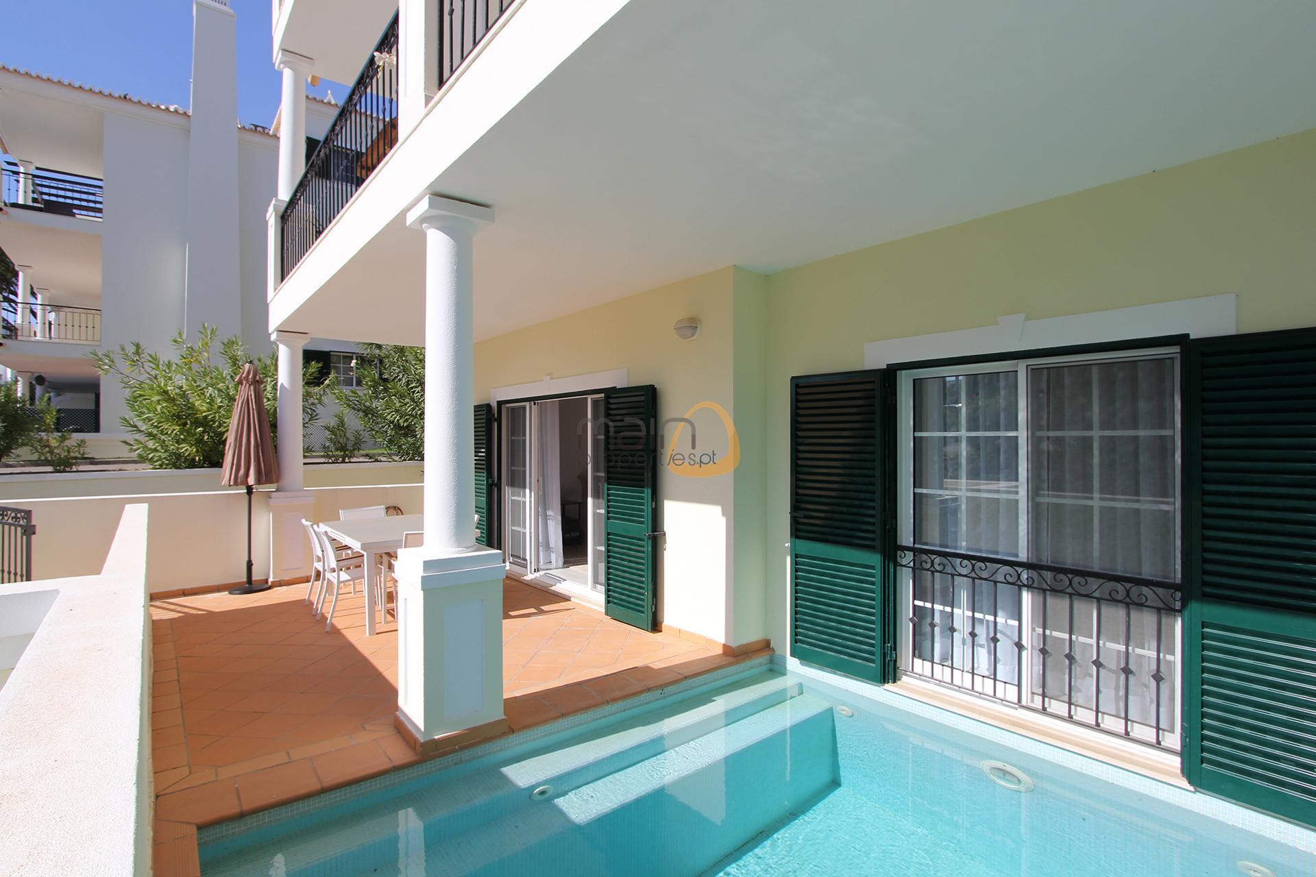 apartment-in-vale-do-lobo-algarve-golden-triangle-portugal-property-real-estate-mainproperties-mp134vdl-0