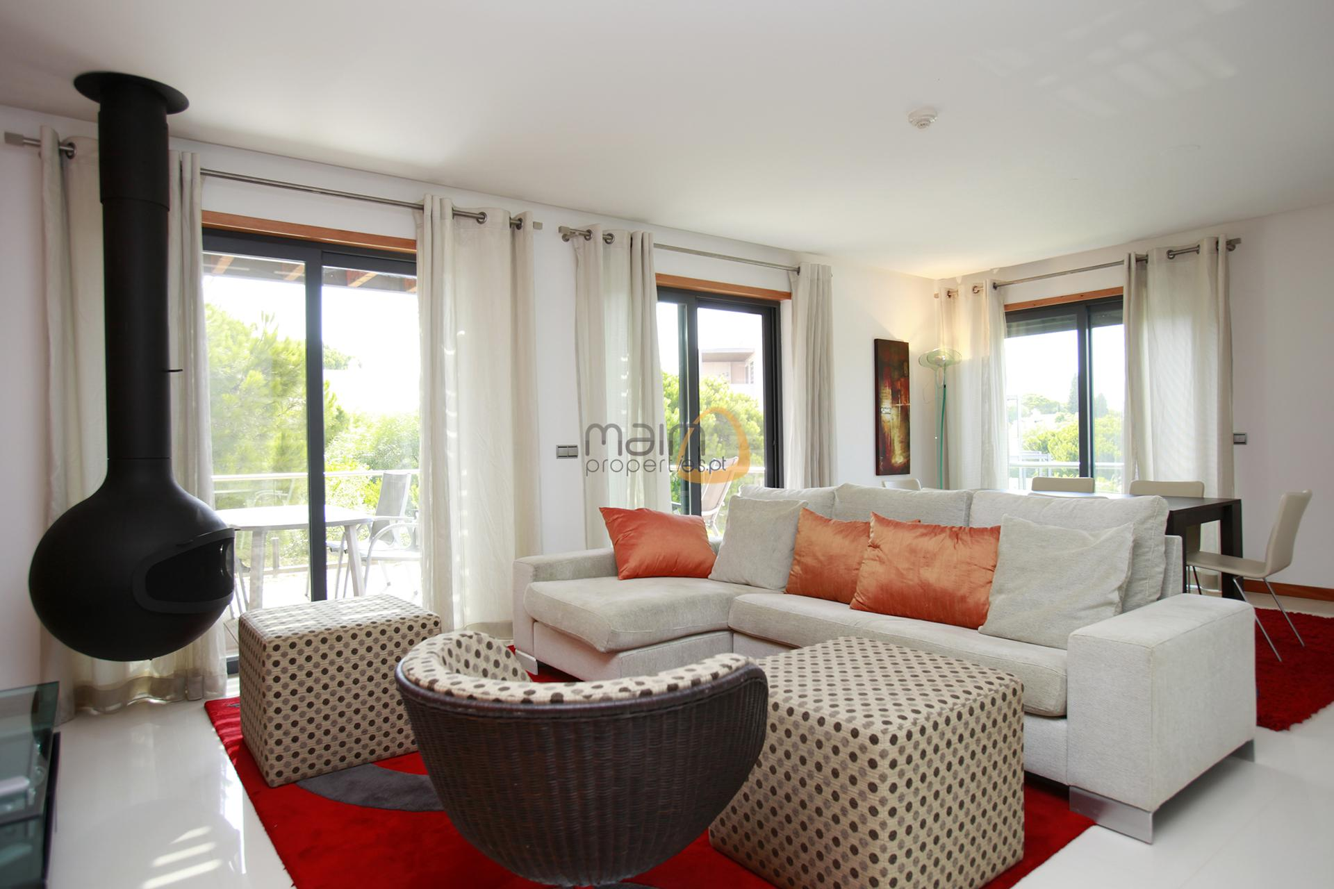 apartment-in-vale-do-lobo-algarve-golden-triangle-portugal-property-real-estate-mainproperties-mp135vdl-0