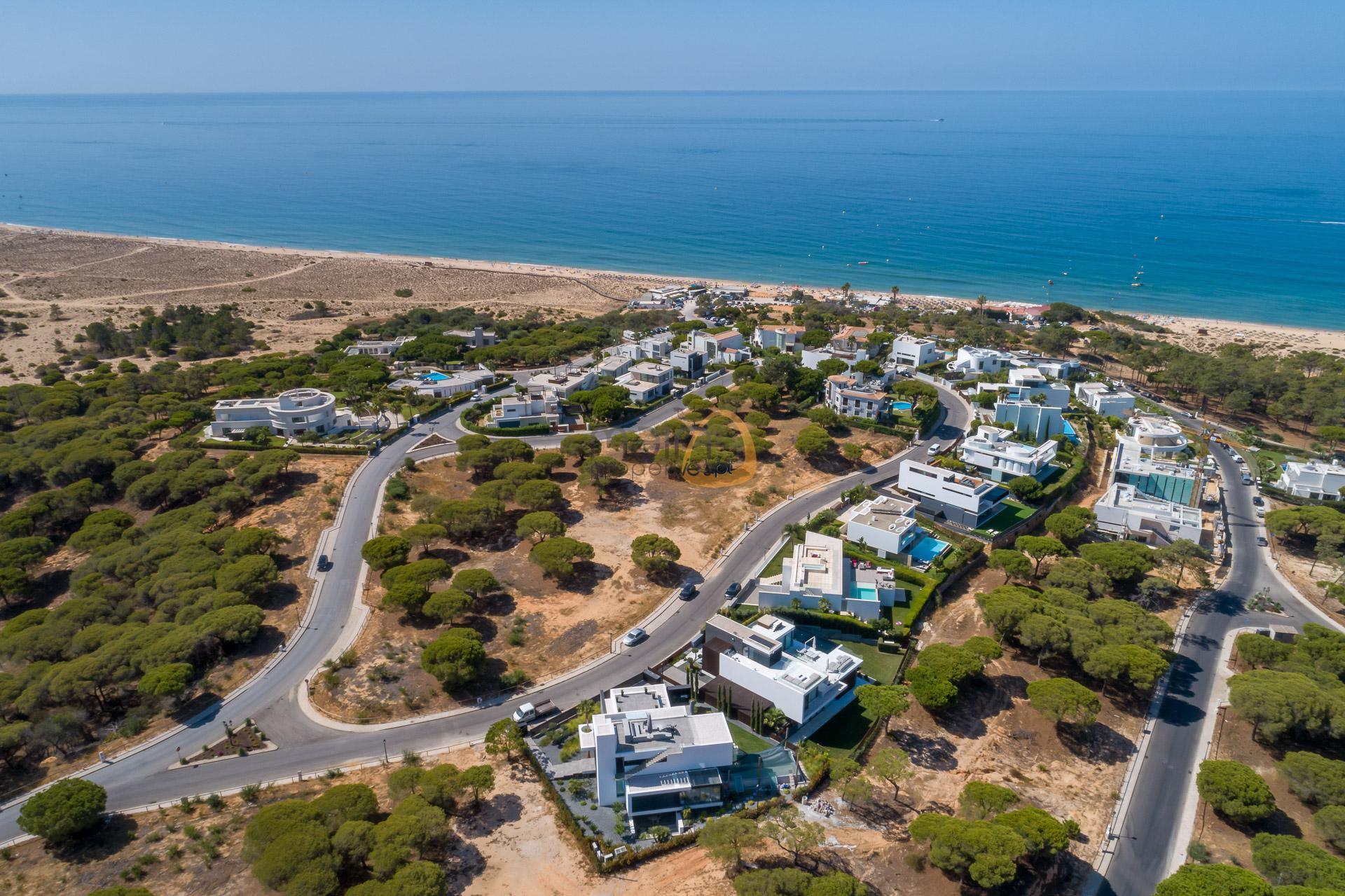 land-plot-villa-in-vale-do-lobo-golden-triangle-algarve-portugal-real-estate-property-mp141vdl-0