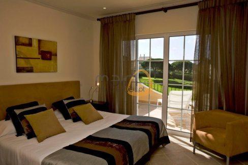 villa-in-vale-do-lobo-algarve-golden-triangle-portugal-property-real-estate-mainproperties-mp131vdl-4