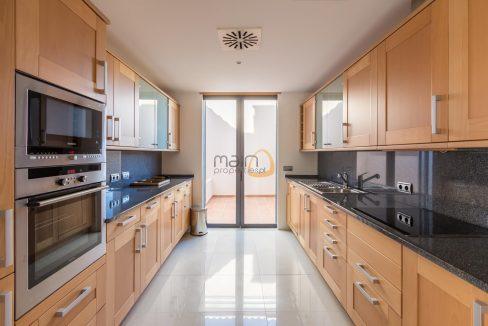 villa-in-vale-do-lobo-algarve-golden-triangle-portugal-property-real-estate-mainproperties-mp137vdl-5