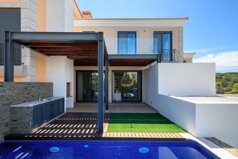 villa-in-vale-do-lobo-algarve-golden-triangle-portugal-property-real-estate-mainproperties-mp138vdl-1