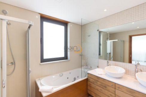 villa-in-vale-do-lobo-algarve-golden-triangle-portugal-property-real-estate-mainproperties-mp138vdl-7
