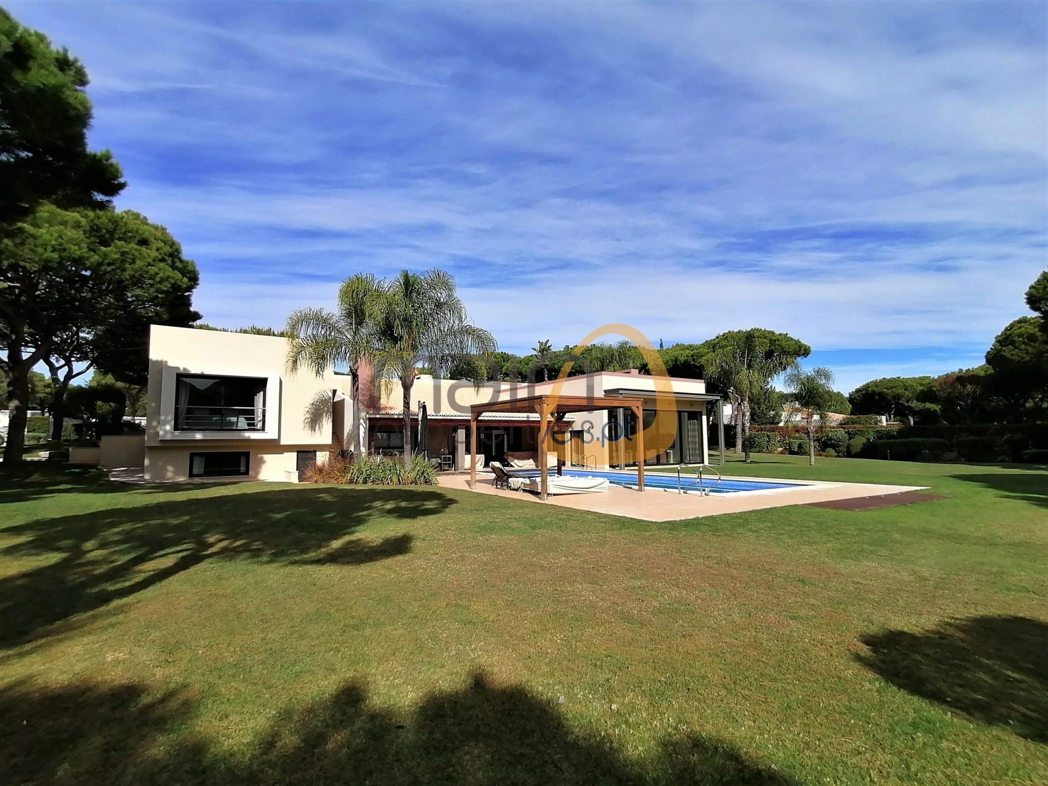 Villa with 6 bedrooms and golf view in Vilamoura