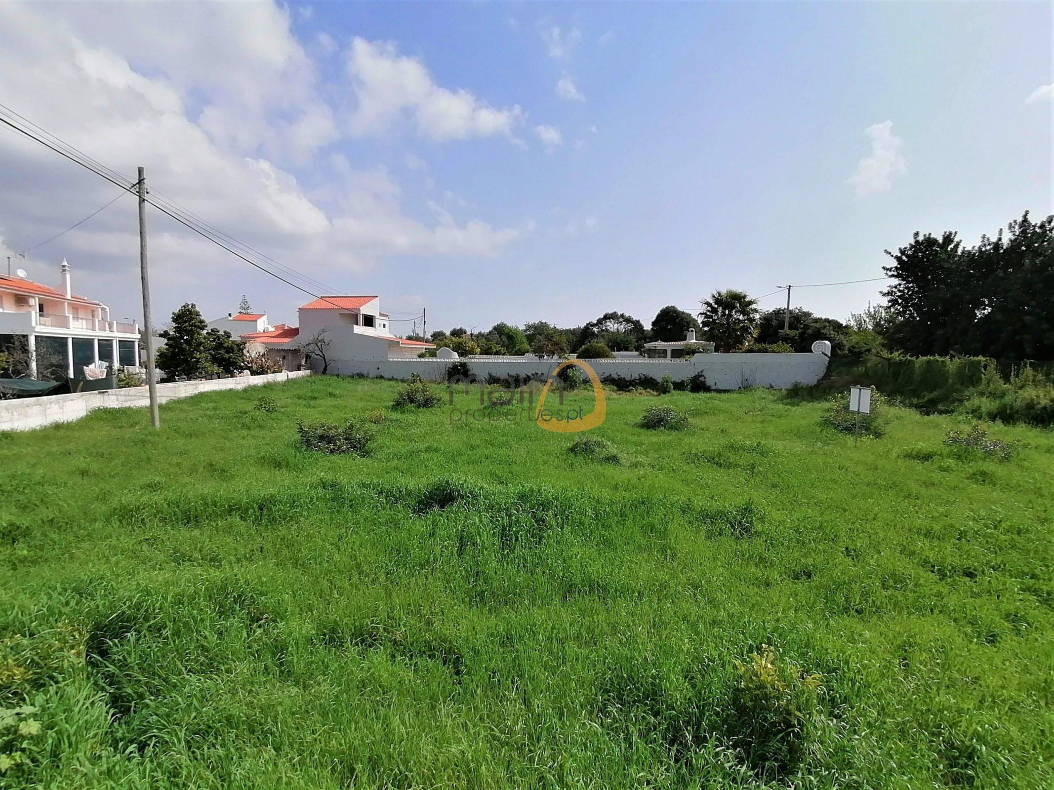 Terreno para construção junto ao centro de Almancil :: MP154FT