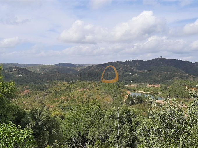 MainProperties :: Terreno rústico com vista sobre a serra algarvia próximo de Alte :: MR081