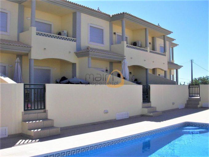 MainProperties :: Moradia com 3 quartos e piscina para arrendamento anual em Almancil :: PC171
