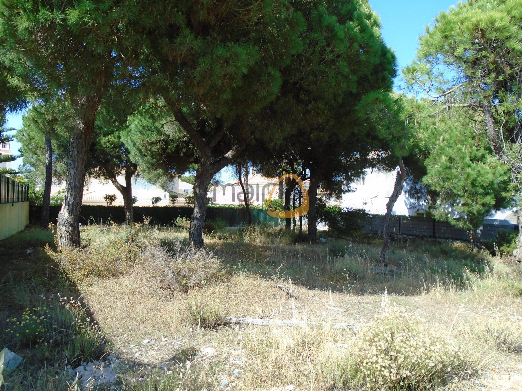 Land for villa construction with 400 sqm in Varandas do Lago