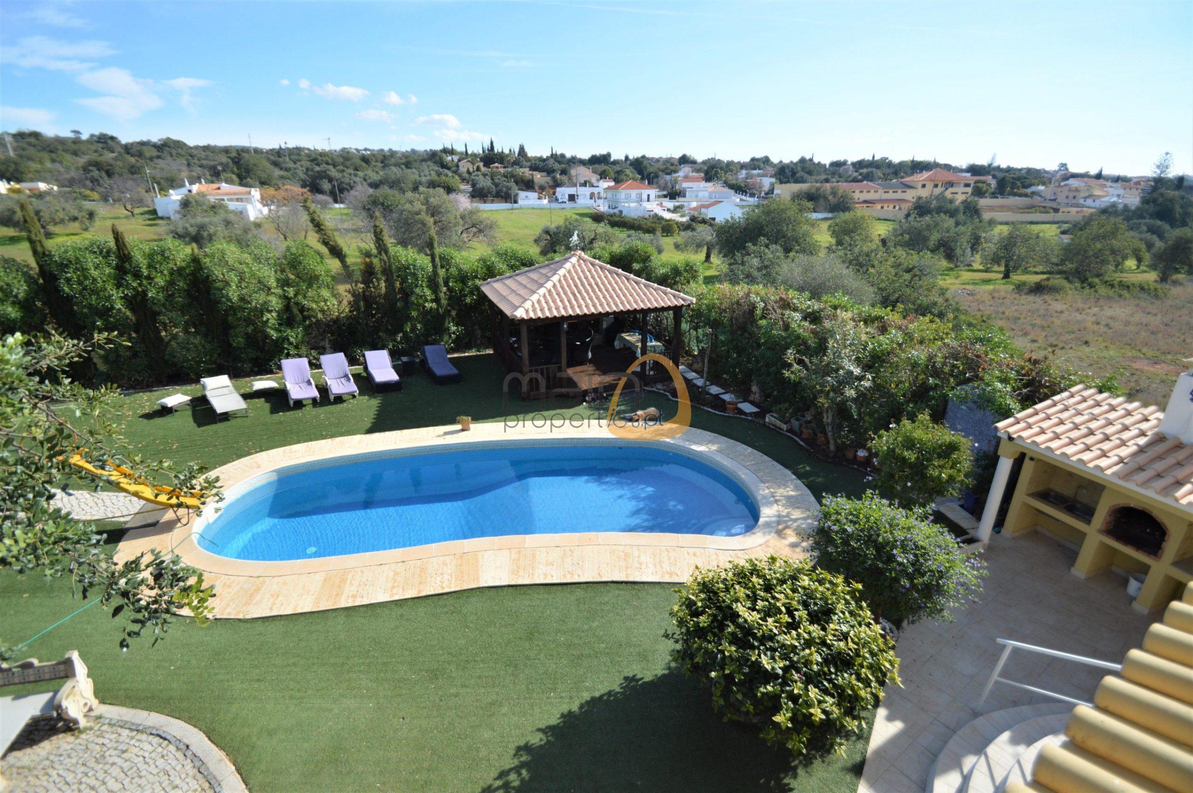 Villa with 6 bedrooms and private pool in Vale de Éguas, Almancil